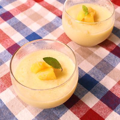 混ぜるだけ 冷凍マンゴーのヨーグルトハニームース