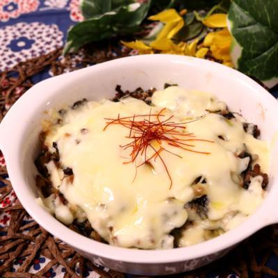高菜とひき肉のあつあつ豆腐グラタン