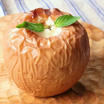 チーズクリーム入り まるごと焼きりんご