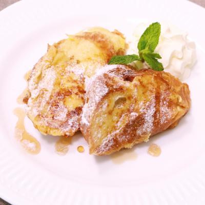 バナナとピーナッツバターのフレンチトースト