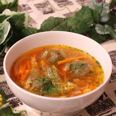 野菜もたっぷり いわしのつみれの洋風スープ