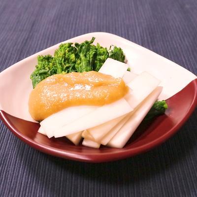 ウドと菜の花の酢味噌和え