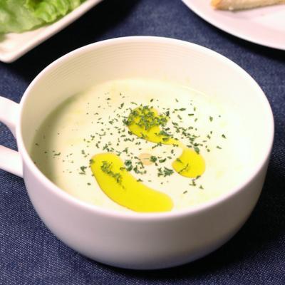 アスパラガスの冷製スープ
