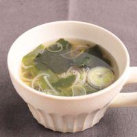 わかめと長ねぎのシンプル韓国風スープ