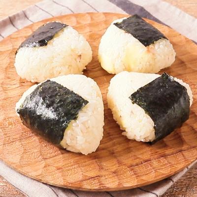 アンチョビとチーズの洋風ミニおむすび