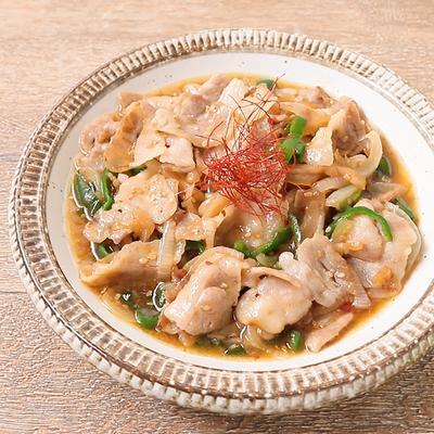 中華クラゲと豚バラ肉の炒め物