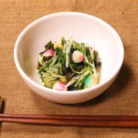 京野菜の雰囲気を味わう!水菜とワカメの酢の物