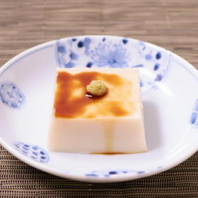 葛粉で本格ごま豆腐