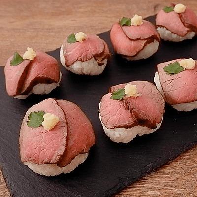 贅沢 牛たたき肉の手まり寿司