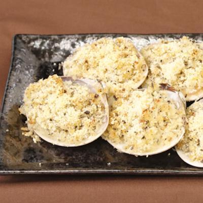 ハマグリのガーリックバターパン粉焼き