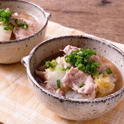 白菜と豚肉のあったか生姜煮込み