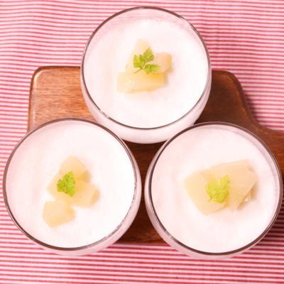マシュマロで簡単!桃のミルクプリン風