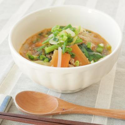 野菜たっぷり坦々ごま春雨スープ