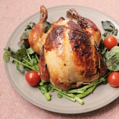 食べ応えあり アジアン丸鶏ロースト