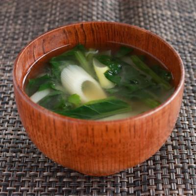 小松菜と長ねぎのみそ汁