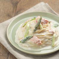 レンジでホワイトソース作り!鮭とアスパラのクリームパスタ