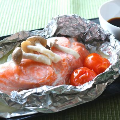 バター香る 鮭のホイル包み焼き