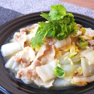白菜のコクうまエスニック炒め