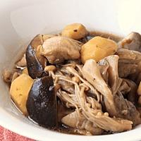 栗ときのこと鶏肉の煮物