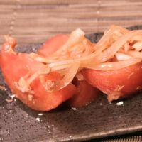 トマトとツナのバルサミコソース和え