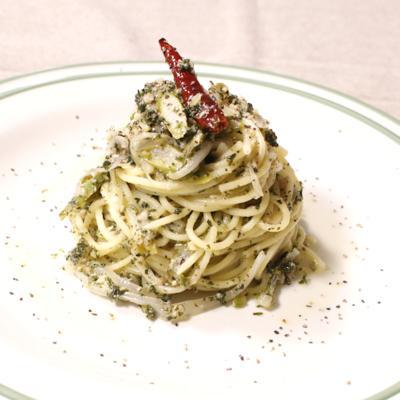アスパラガスとパセリのチーズグリーンスパゲティ