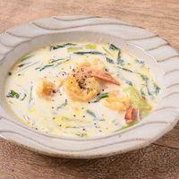 小松菜とエビのクリームスープ