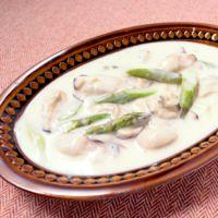 アスパラと牡蠣のクリーム煮