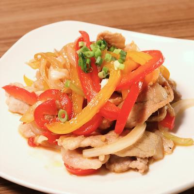 豚ロース肉とパプリカのサッと炒め