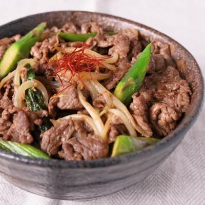 ガッツリ 牛肉のオイスター丼