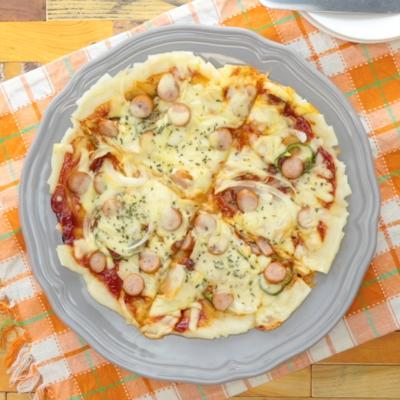 切り餅で モチモチピザ