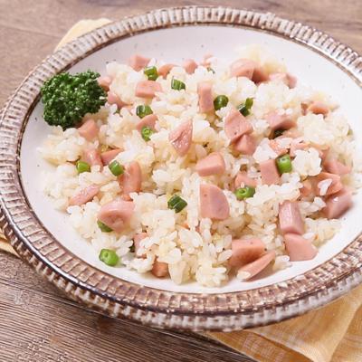 魚肉ソーセージのピラフ風