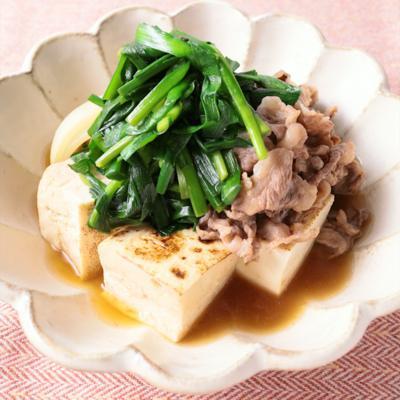 にらたっぷり肉豆腐