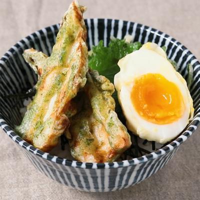 ちくわと半熟卵の天ぷらの節約天丼