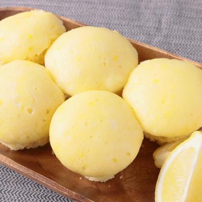 フライパンでつくる レモンの蒸しパン