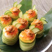 お祝いの日に イクラとウニのきゅうり巻き寿司