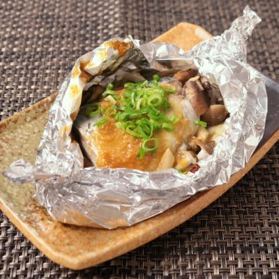 鯖の味噌バターのホイル焼き