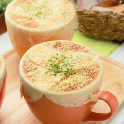 餃子の皮で つぼ焼き豆乳スープ