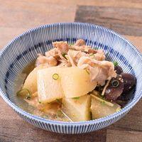 ごまの風味がおいしい 豚肉と大根の煮物