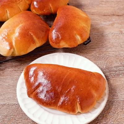 ピスタチオクリームパン