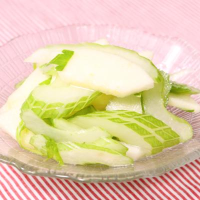 りんごとセロリの和える簡単サラダ