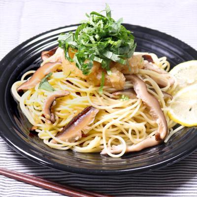 出汁が美味しい 干し椎茸のスパゲティおろポンソース