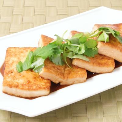 バターしょうゆの和風豆腐ステーキ