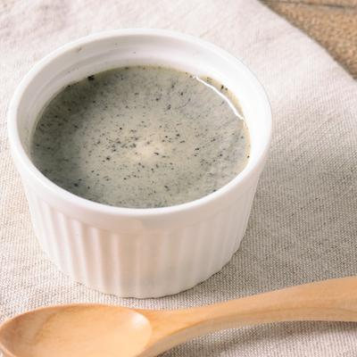フライパンで簡単 豆乳黒ゴマプリン