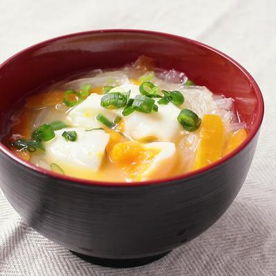 まろやかでコクうま 落とし卵のお味噌汁