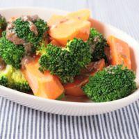 ブロッコリーとにんじんのアンチョビ温野菜サラダ