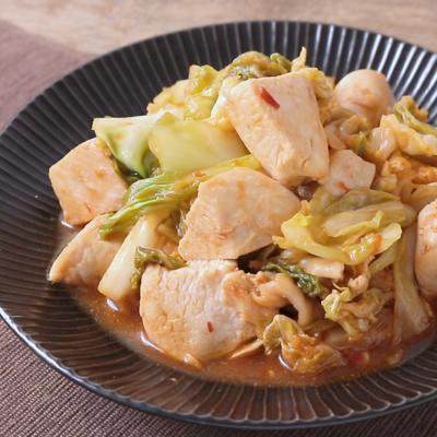 鶏むね肉とキャベツのピリ辛炒め