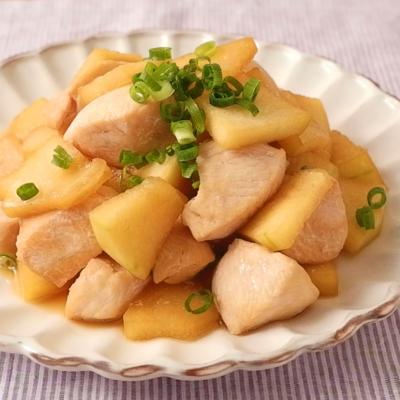 冬瓜と鶏胸肉のレモンバター炒め