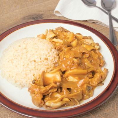 玄米と食べる きのこの和風ビーフカレー
