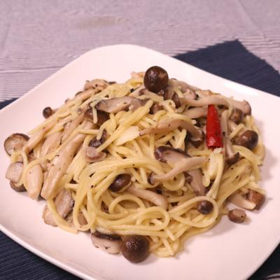 全部まとめて煮るだけ きのこの煮込みスパゲッティ