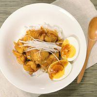 台湾の味 鶏もも肉でルーロー飯